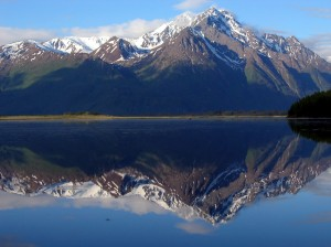 lake-mountain-snow